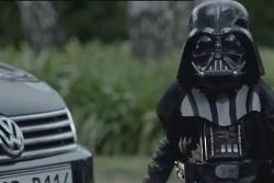 El nuevo Volkswagen Passat, se rinde ante un mini Darth Vader