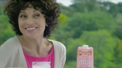 Adriana Ozores, bebe leche Pascual Desnatada Calcio